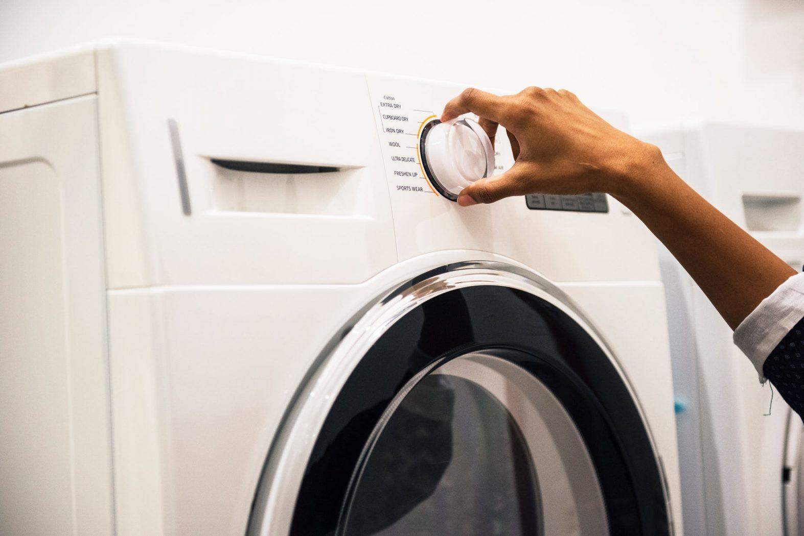 Wasmachine tillen